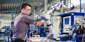 České výrobní podniky plánují investovat do robotizace, ukázal průzkum