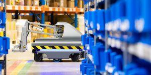 DB Schenker uvedl do provozu svého prvního logistického robota v České republice