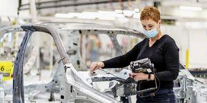 ŠKODA AUTO otevírá nové centrum pro stavbu zkušebních vozů a prototypů