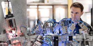 Elektroinstalace speciálních strojů u firmy Schaeffler Sondermaschienenbau: Standardizace návrhu elektroinstalace pomáhá vstoupit na nové trhy