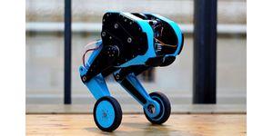 Doktorandi z FEL ČVUT postavili robota balancujícího na dvou nohách. Budou ho učit skákat do schodů.