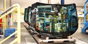 AGC Automotive dokončila investici na výrobu čelních autoskel za 650 mil.