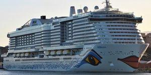 Zaoceánské lodě: Města prošpikovaná kilometry kabelů a energetických řetězů