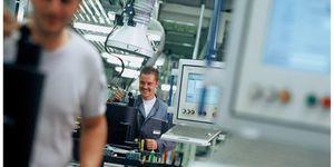 Firmy v automobilovém průmyslu pečují o zdravé pracovní prostředí více než v jiných segmentech